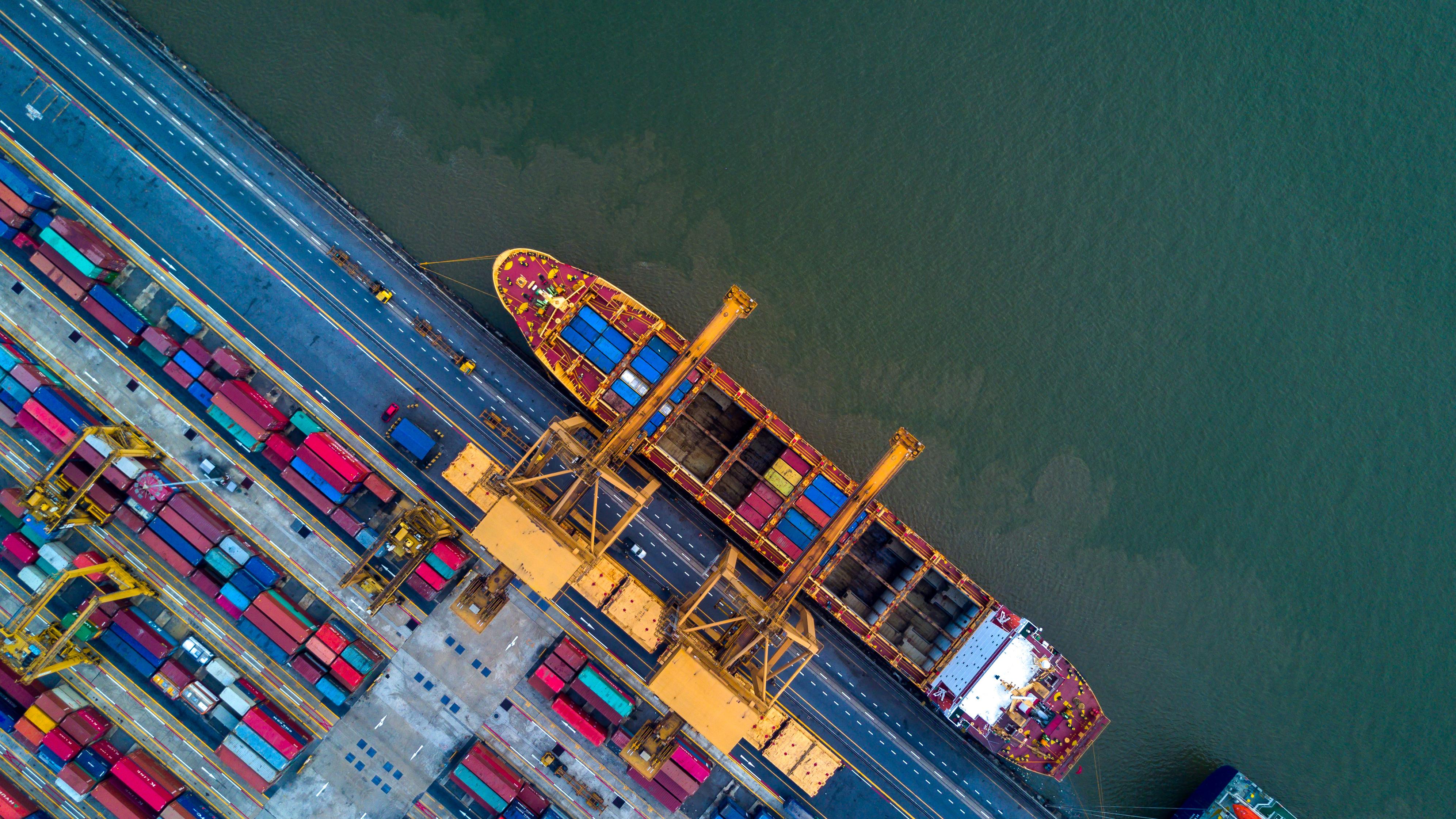 scheepvaart-maritiem-logistiek-logistics-offshore-innovatie-consult-consultant-consultants-advies-adviseur-adviseurs-vellianen